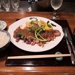 土桜 - シャリアピンステーキ