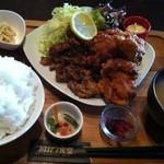 22954729 - ハーフ&ハーフ定食肉セット850円