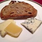 レイクサイドヴィラ 翠明閣 - チーズ3種