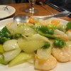 山東水餃 - 料理写真:蝦とグリンピースの炒め物