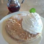 ハナウマ - ピーナッツクリームパンケーキ