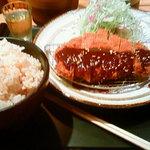 豚菜健美 とこ豚 - 味噌ロースカツ