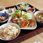 Cafe アパ・カバール - 料理写真:ランチのメイン