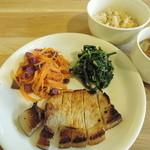 たね・かふぇ - プレオープン時のランチプレート・豚塩麹焼き