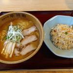 平成軒 - 平成軒セット(正油) ラーメン&チャーハン 800円