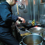 同源 - 厨房、炒め