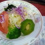 キッチン森本 - サラダ アップ!