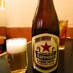 松 - 瓶ビール(サッポロラガー)580円
