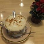 カフェ メリメロ - カプチーノ:450円