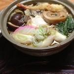 山六 そば店 - 鍋焼きうどん