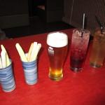 翠翔 - ビール、 ノンアルコールのカシスソーダとピーチウーロン