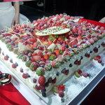 プラチナム - ☆メチャ可愛いウエディングケーキですね(≧▽≦)~♡☆