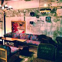 【全席ソファのゆったりカフェ】