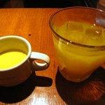 ビストロ マザームーン 渋谷 - スープ、ドリンク