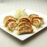 餃子酒場 - 料理写真:餃子の盛合せ