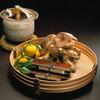 吉泉 - 料理写真:焼松茸、鮪杉板寿司