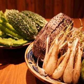 """沖縄から届く・・・""""島野菜""""がいっぱいあります!"""