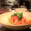 マガーリ - 料理写真:トマトとモッツァレラのスパゲティ (700円) '13 11月下旬