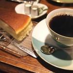 モトマチ喫茶 - チーズケーキとコーヒー