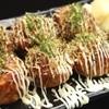 千両蛸 - 料理写真:お好みの味は6種類 「定番ソース / ゆずソース / ダシ醤油 / ポン酢 / 塩レモンペッパー / スパイシーソース」 各種7個→350円