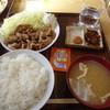 大松食堂 - 料理写真:オニオンだれ焼肉定食  ¥700
