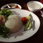 海南鶏飯食堂M - 追パクは最初っからオン