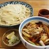 由す美 - 料理写真:肉せいろうどん(750円)はいわゆる肉汁うどんです