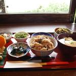 山の茶屋 楽水 - 14:00までのランチメニュー(2013.13)