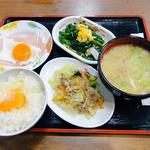 大衆食堂 半田屋 - 『半田屋定食¥630』とでも言うべきかな