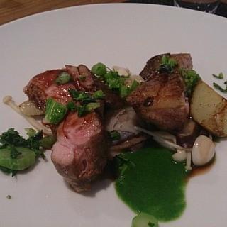 ル ピニョン - 料理写真:鴨肉のロースト