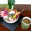 vege vege - 料理写真:珍しい野菜に出会える『農園vege vegeバーニャカウダー』