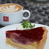 マザームーンカフェ - 料理写真:ケーキセット。 こちらもラテアートOKです。