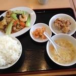 風味定食屋 - 八宝菜定食
