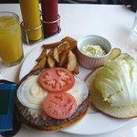 MKYアメリカンレストラン - クラッシックバーガー