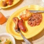 セリアハウス - 料理写真:シュラスコ!ソーセージにチキン、フェジョンにパン。