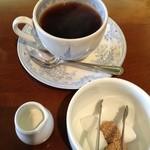 cafe サザン - ブレンドコーヒー@380円