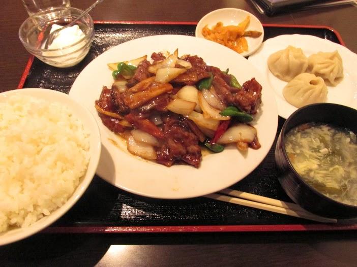 台湾料理 美膳房刀削麺