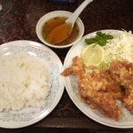 新華苑 - 料理写真:から揚げ定食870円