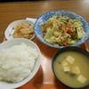 大学食堂 - 料理写真:肉野菜炒め定食¥650