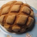 メロンパンファクトリー - メロンパン ¥150-