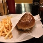 ゴールデンブラウン - ゴールデンブラウンズハンバーガー