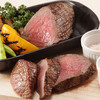 Meet Meats 5バル - 料理写真:お好きなグラム数でどうぞ♪