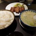 牛たん炭焼 利久 - 1995円『牛たん極定食』2013年12月吉日