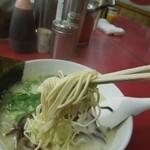 博多天神 - 麺アップ画 H26.1