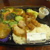 チャンロイ - 料理写真:「炊き込みご飯とトムヤム春雨炒め」あくまでもカオマンガイトーではありません。