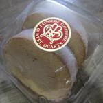 カトルカール - 塩キャラメル味ロールケーキ