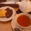 アフタヌーンティー・ティールーム - 料理写真:紅茶とお菓子