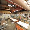 杉原功商店 - 内観写真:44席あり、目の前は磯崎漁港が見えます。