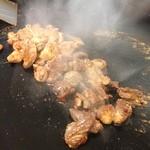 島屋食堂 - 料理写真:とんちゃん、豚肉サガリ しっかりした味で、ご飯がすすみます。