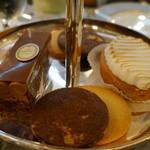 ラデュレ サロン・ド・テ - パティスリー、小菓子